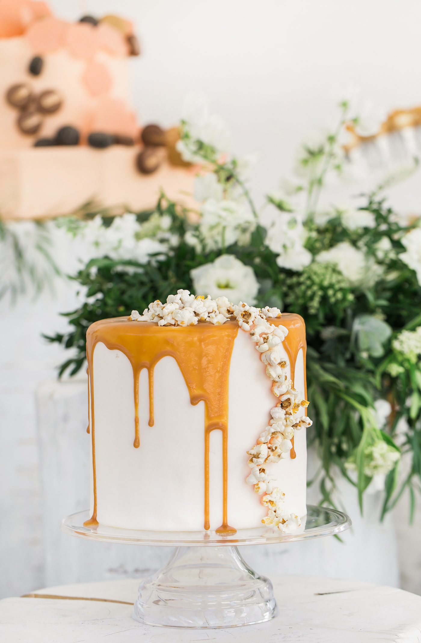 Popcorn cake styled by international wedding planner Elisabetta White