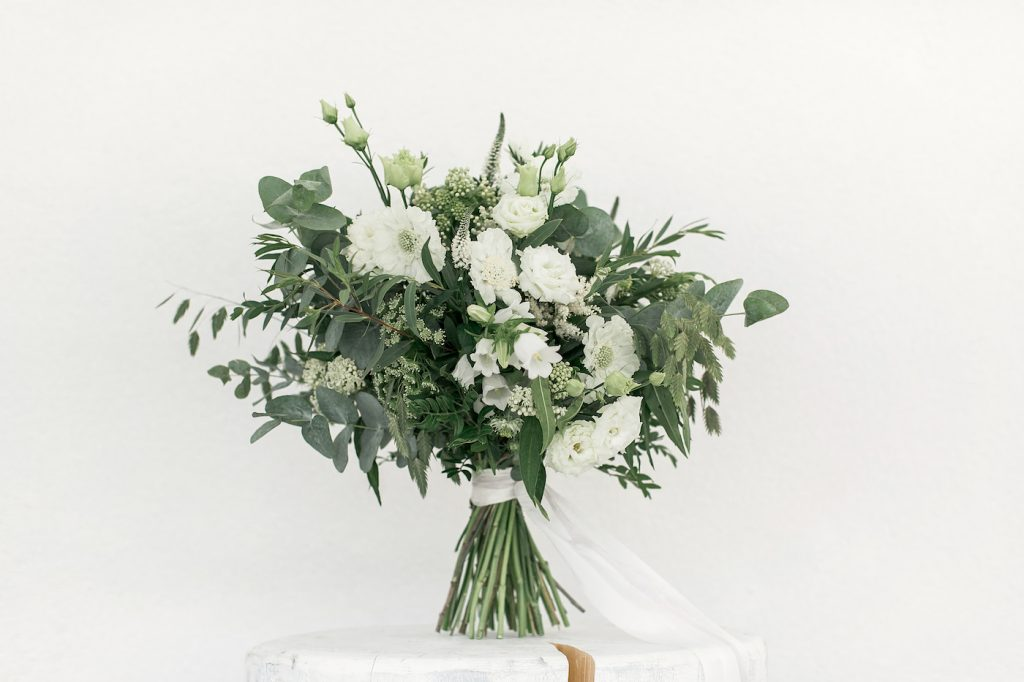 White and green mountain wedding bouquet