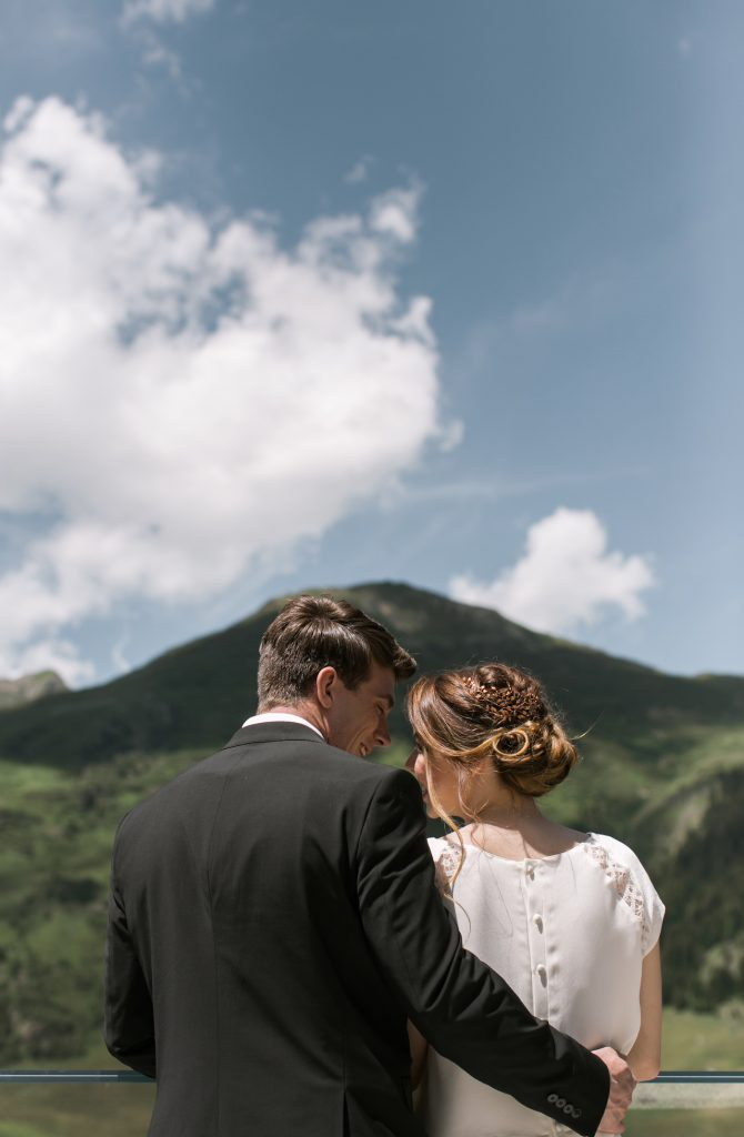 Adventurous bride and groom getting married on the mountains styled by international wedding planner Elisabetta White
